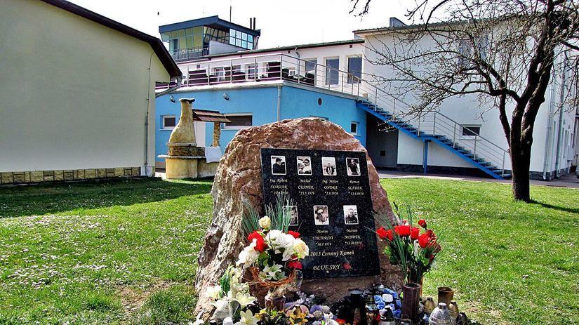 pamätník, obete, Slávnica
