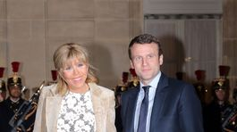 Emmanuel Macron, minister hospodárstva, Francúszko