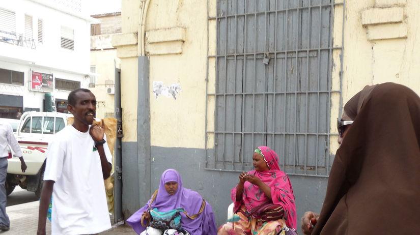 Džibutska Džibuti, moslimské ženy, valuty,...
