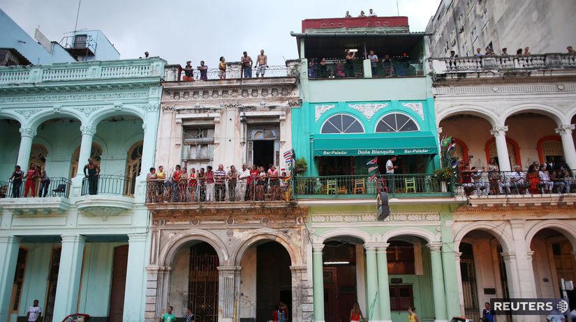 Kuba, Havana, autá, dom,