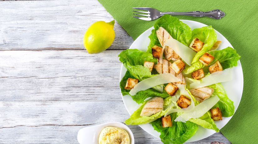zeleninový šalát s kuracím mäsom