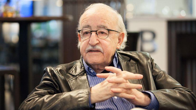 Filmový režisér Juraj Herz.