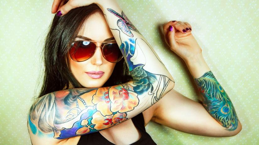 Ľutovať tetovanie z mladosti nie je nič...