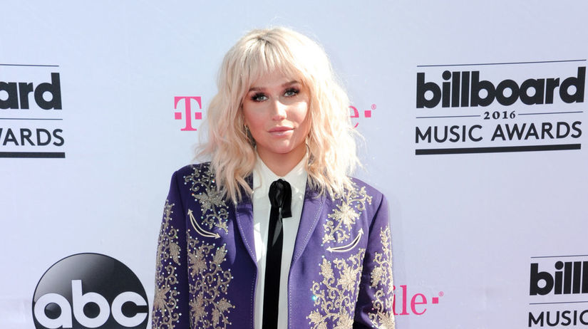 Speváčka Kesha.