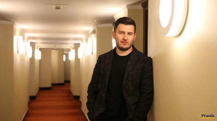 rusky sci-fi autor a novinar Dmitrij Gluchovskij