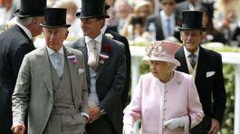 Britská kráľovná Alžbeta II. s manželom - princom Phillipom