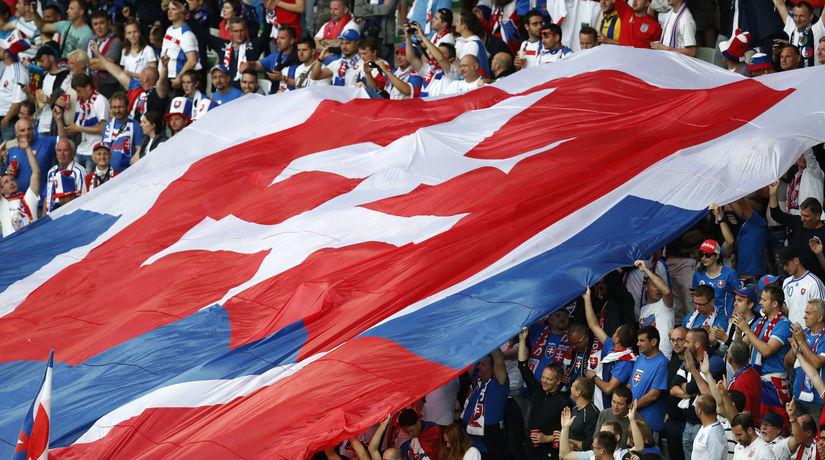 slovenskí fanúšikovia, futbal