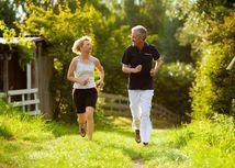 dôchodok, dôchodcovia, staroba, životný štýl, beh, zdravie, pohyb, relax