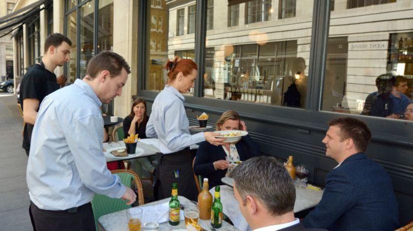 čašník, reštaurácia