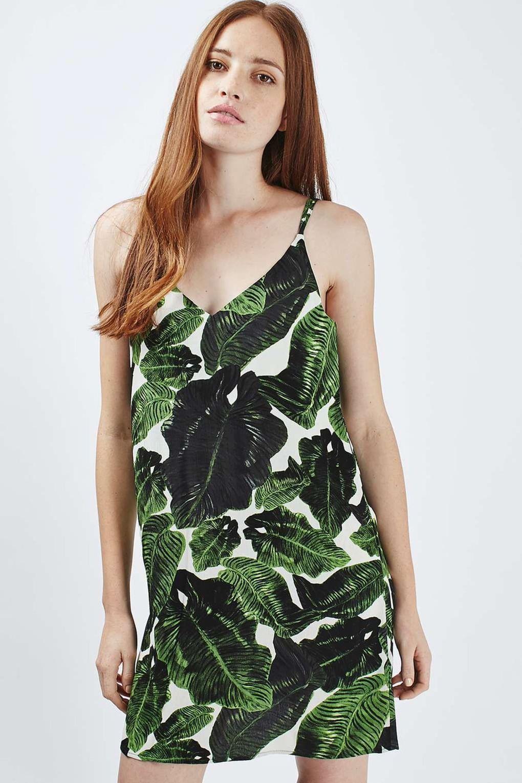 Dámske krátke šaty s odhalenými ramenami Zara 1464dd5deba