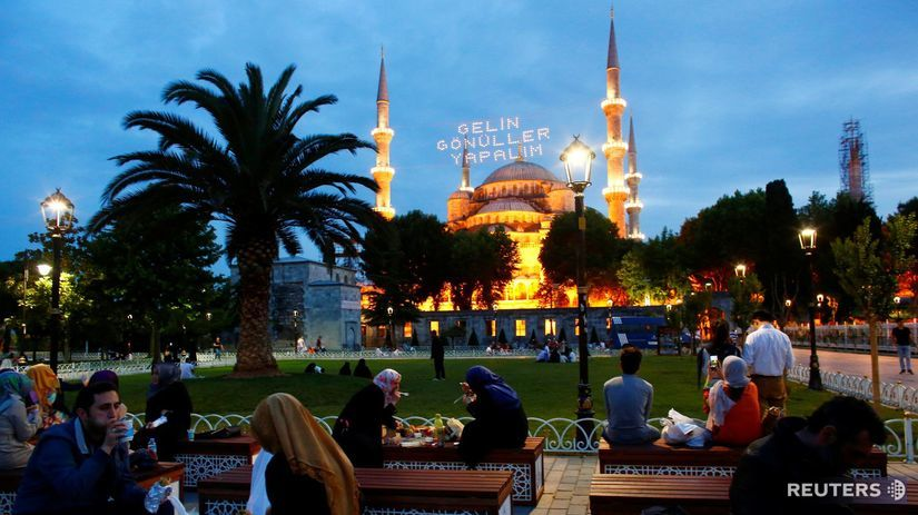 Istanbul, Turecko, moslimovia, štvrť...