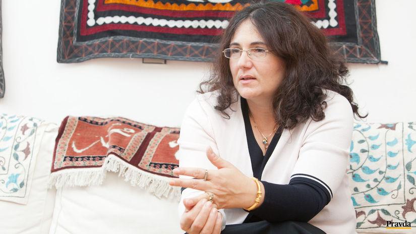 Martina Lubyova, SAV