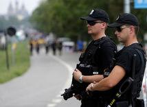 poľsko, policajti, krakov