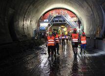 tunel Ovčiarsko, Žilina, D1, diaľnica, tunel, robotníci, cestári, stavba