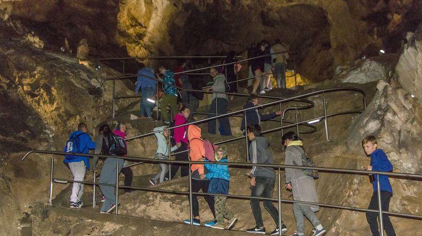 Belianska jaskyňa, kvaple, stalagmity,...