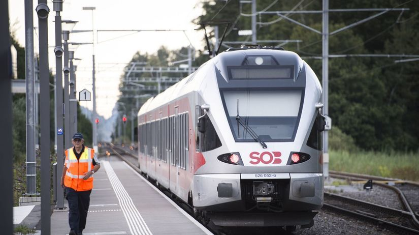 švajčiarsko, vlak, útok
