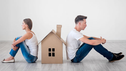 byt, dom, hypotéka, hádka