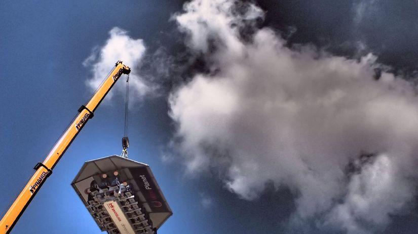 Dinner in the sky, stolovanie v oblakoch,