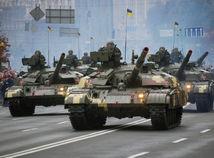 vojenská prehliadka, majdan, ukrajina, tanky,