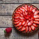 jahodový dezert, leto