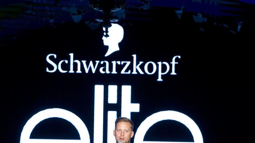 Moderátorom večera bol Jakub Prachař.