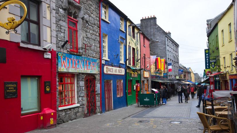 Galway, Írsko, mesto, ulica, farebné domy