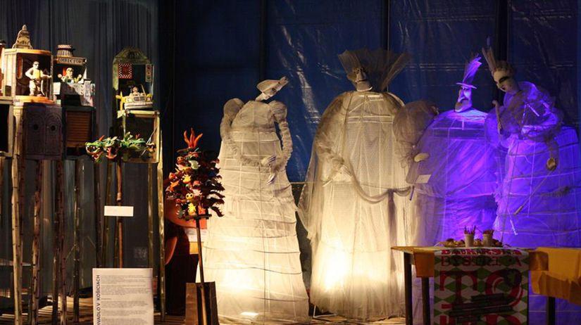 Bábkové divadlo na Rázcestí