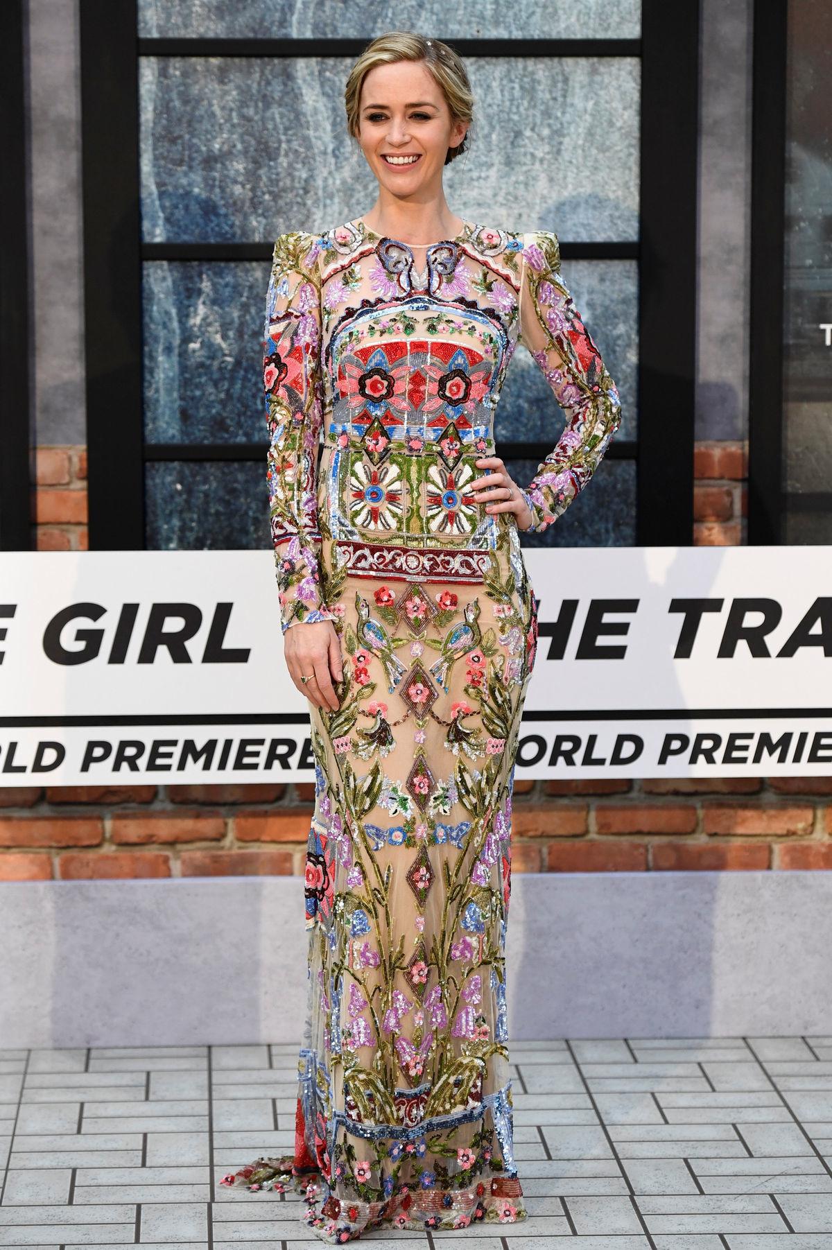 Emily Blunt v kreácii Alexander McQueen