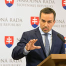 Novými ministrami budú Saková a Tomáš