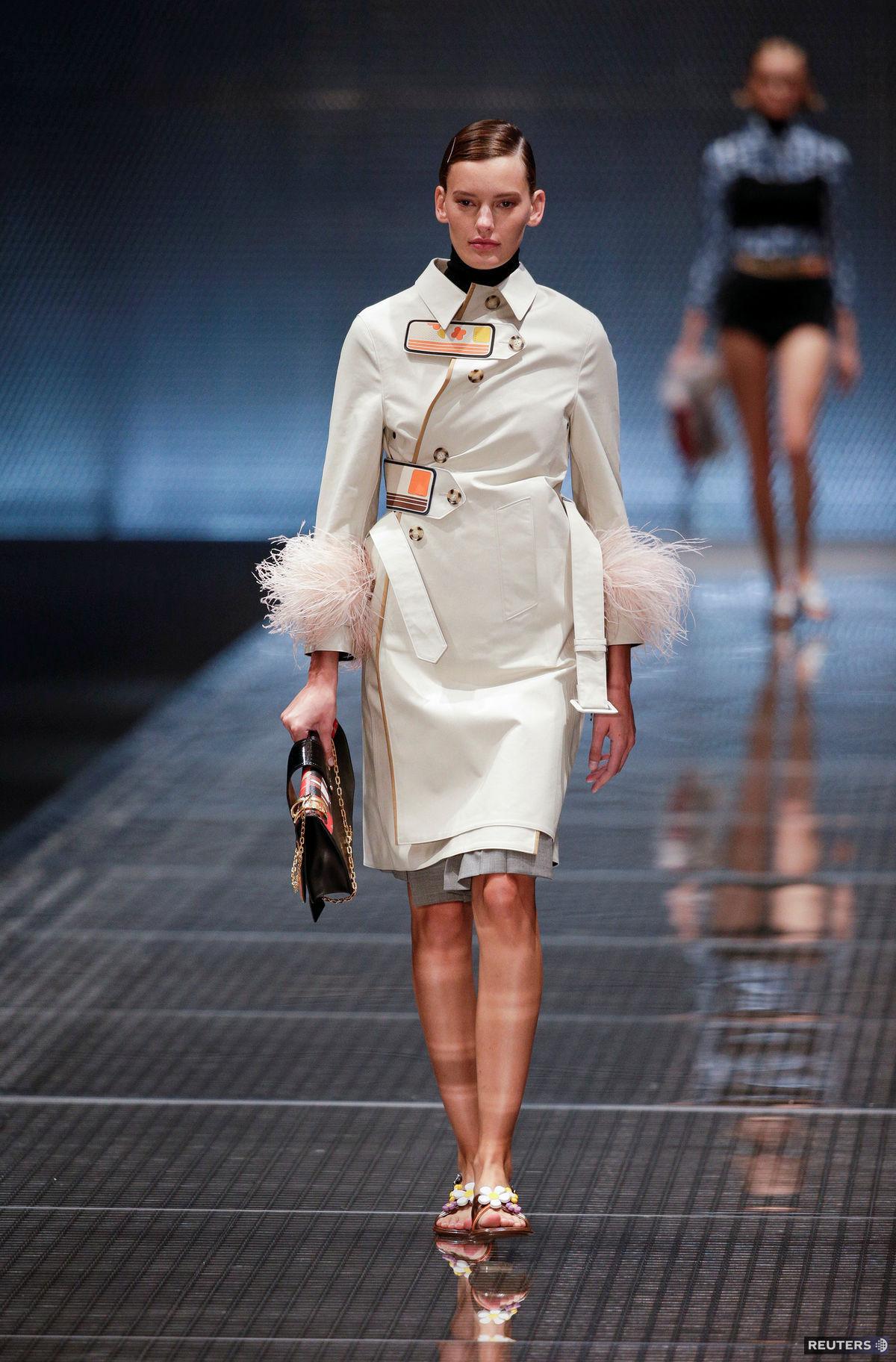 7ad7061ca3 To naj z módy v Miláne  Outdoor od Versace aj luxusná pocta ...