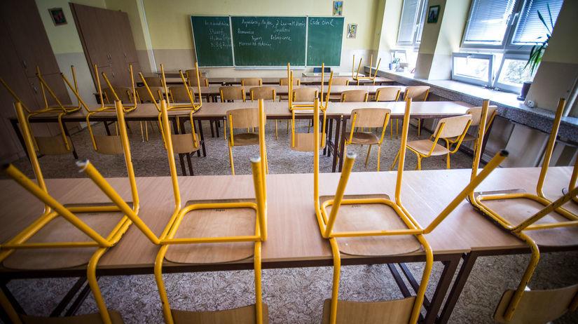 štrajk, učitelia, škola, trieda