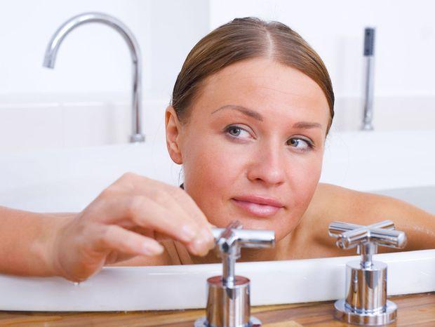 kúpele, kúpelňa, vaňa, relax, kohútik, kúpanie, umývanie, hygiena,