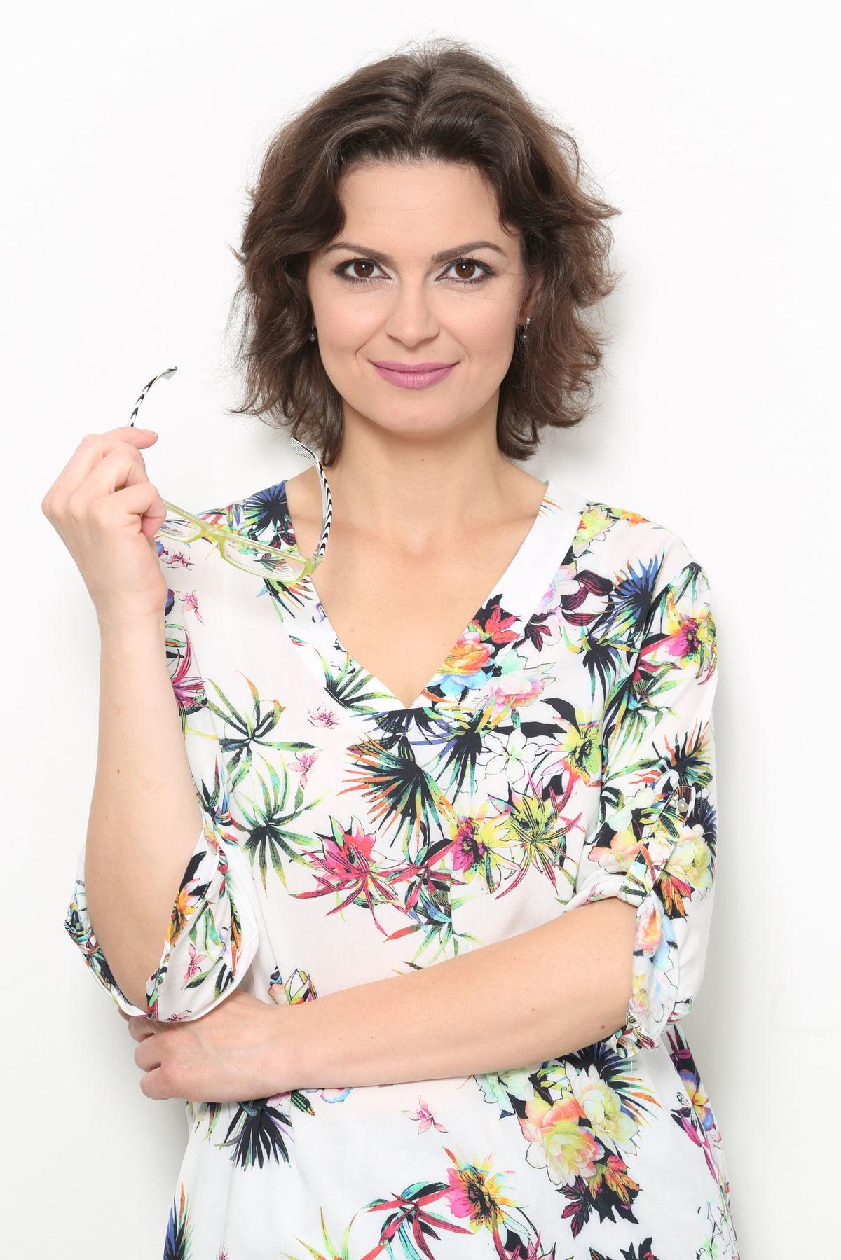 4af19e619 Lujza Garajová Schrameková: Ženy sú odmalička naučené tváriť sa ...