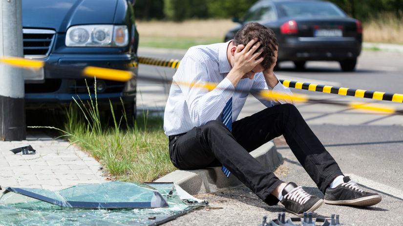 poistenie, automobily, doprevné nehody
