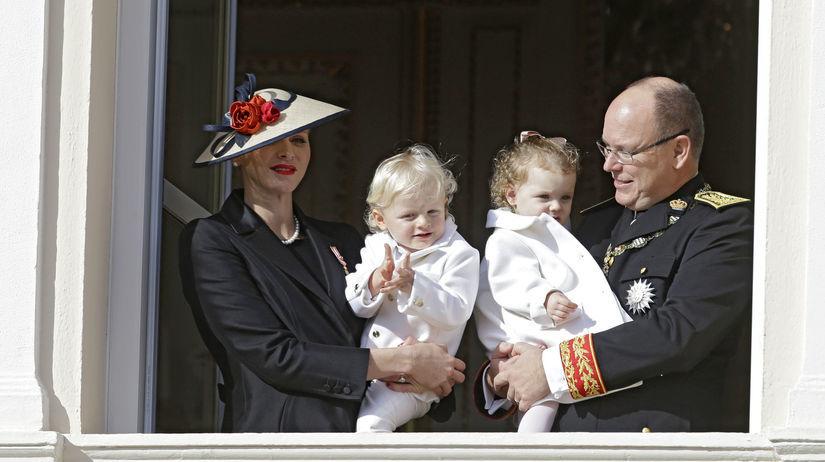 Monacký knieža Albert s manželkou, princeznou...