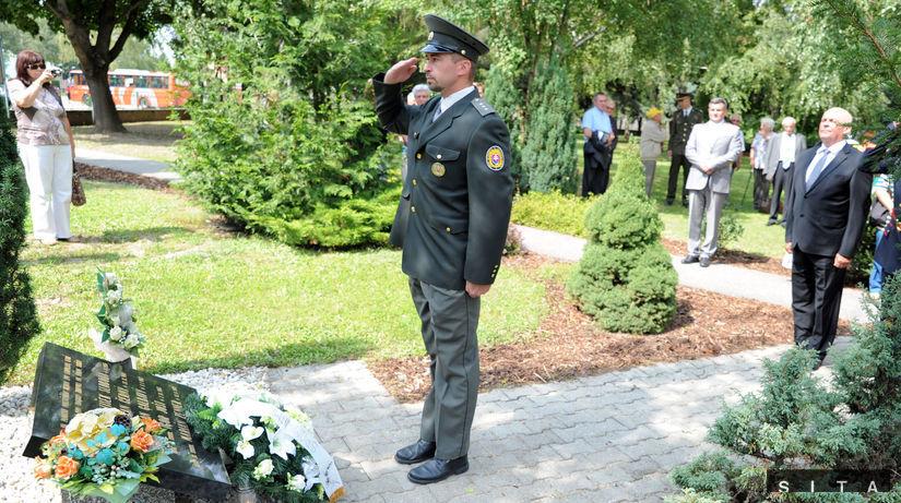 Leopoldov, pamätník, policajt