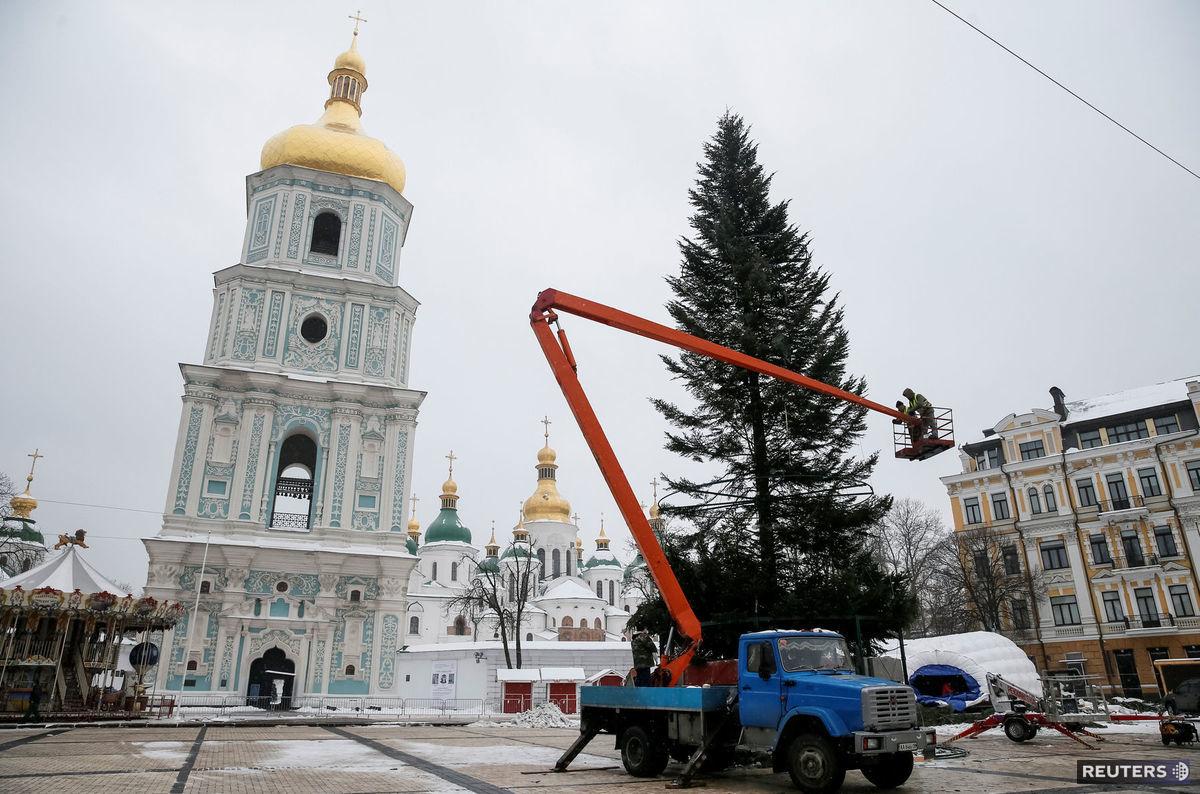 Kyjev, Ukrajina, Vianoce, vianočný strom,