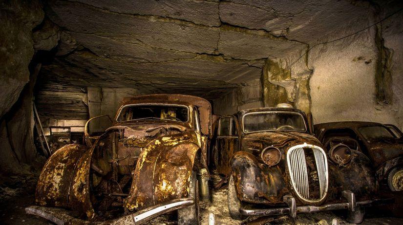 Nález áut v banskej šachte - 2016