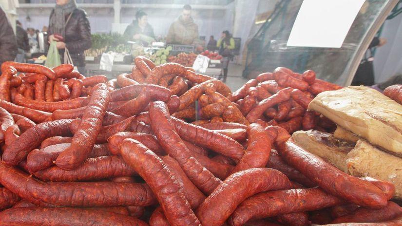 mäso, údeniny, klobása, klobásy, slanina,