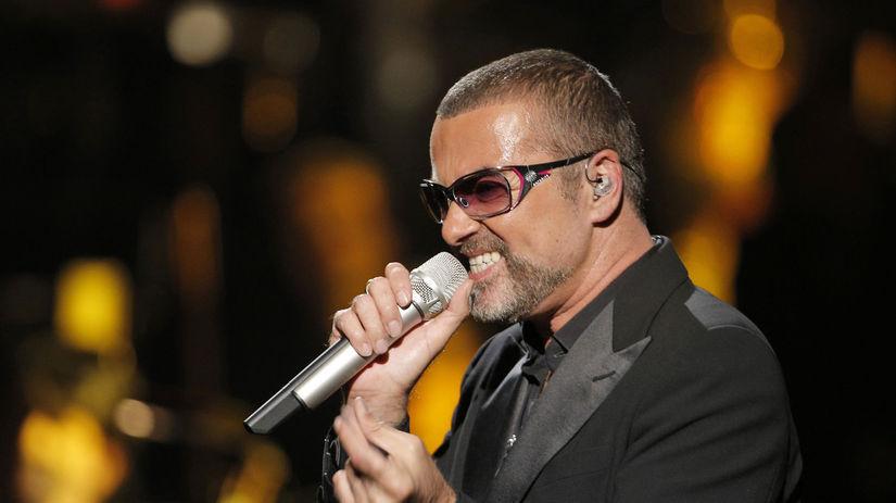 Spevák George Michael na archívnom zábere.