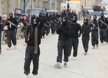 Tretina zbraní islamistov pochádza z východnej Európy, ukázala správa