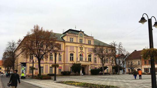 Turistov budú do centra Liptovského Mikuláša lákať Juraj Jánošík a Albert Einstein