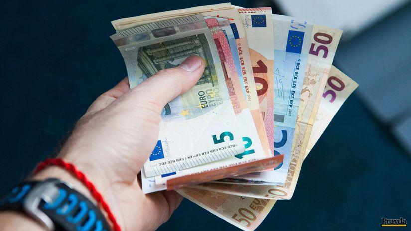 peniaze, euro, hypotéky