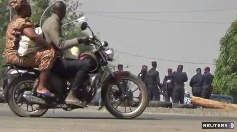 Pobrežie Slonoviny, vojaci