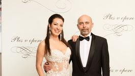 Herečka a speváčka Katarína Hasprová a jej partner Ivan Béla Vojtek.