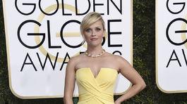 Herečka Reese Witherspoon v kreácii Atelier Versace.
