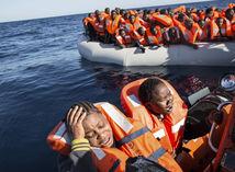 migranti, utečenci, Stredozomné more, člny