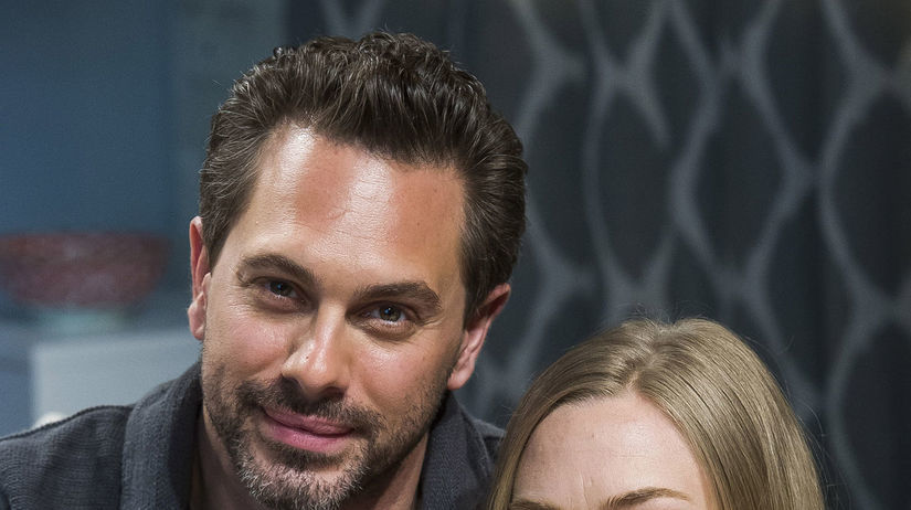 Amanda Seyfried a jej partner Thomas Sadoski n