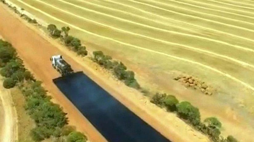 Austrália - výstavba cesty