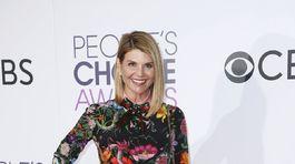 Herečka Lori Loughlin na vyhlásení People's Choice Awards 2017.